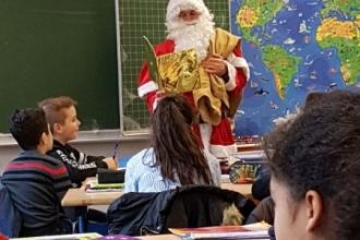 2016-12 Nikolaus an der Ferdinand-Lassalle